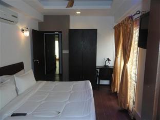 Dash Continental Hotel Vadodara - Standard Room