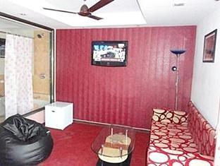 Dash Continental Hotel Vadodara - Interior