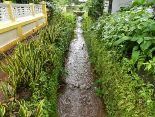 Hotel Quinta Da Graca North Goa -  The Stream