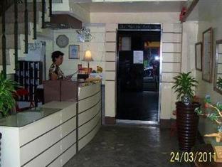 Gie Gardens Hotel Bohol - Front Desk