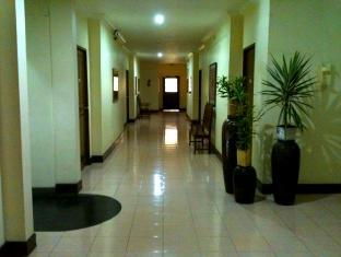 Gie Gardens Hotel Bohol - Interior del hotel