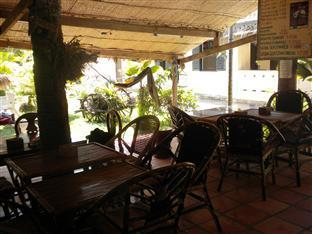 Orchid Guesthouse Kampot - Restaurant and Pub