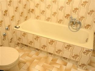 Danube Andrassy Apartment Budapest - Bathroom