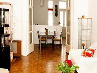 Danube Andrassy Apartment Budapest - Guest Room