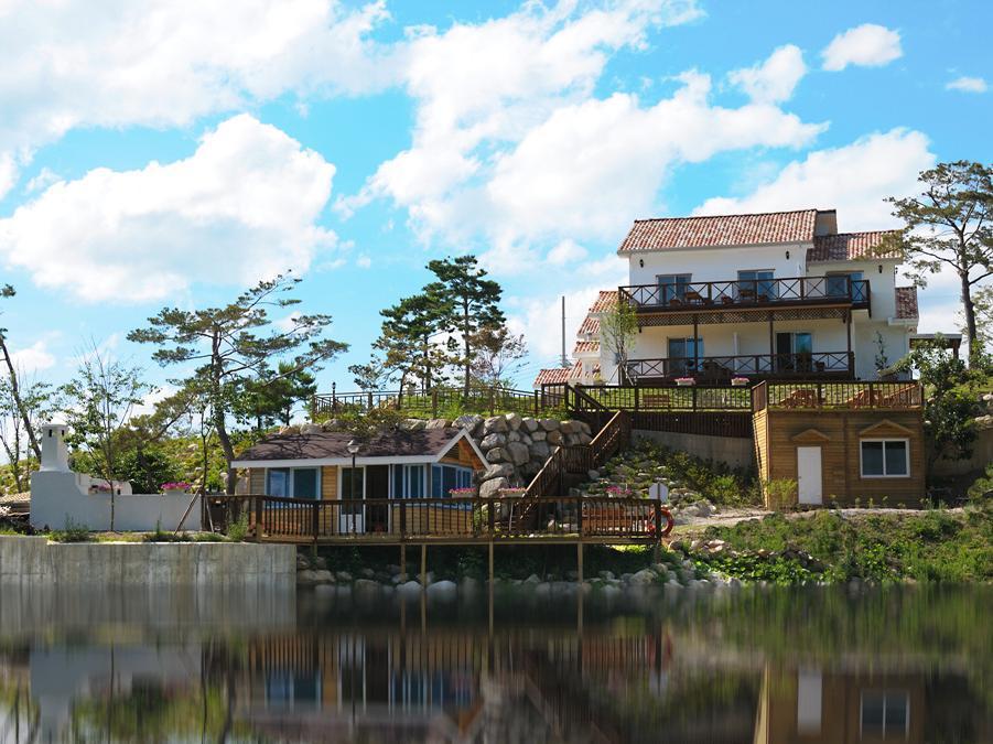 โรงแรม แอททิมัว เพนชั่น  (Attimua Pension)