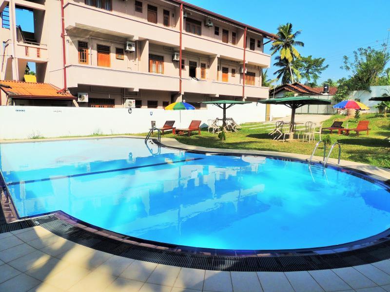 卡吞雅卡绿色景观酒店