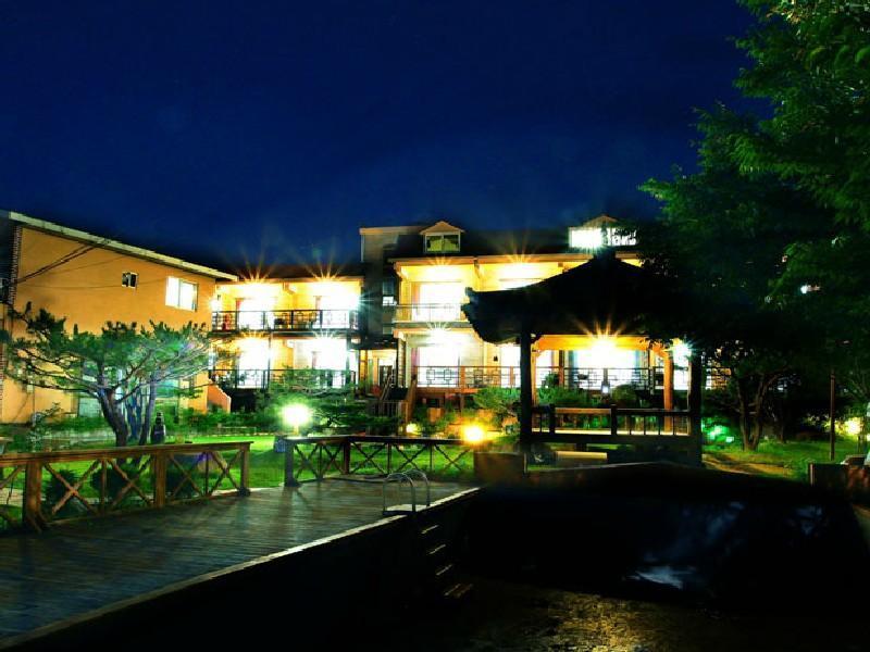 โรงแรม โซลวาแรม เพนชั่น  (Solvaram Pension)