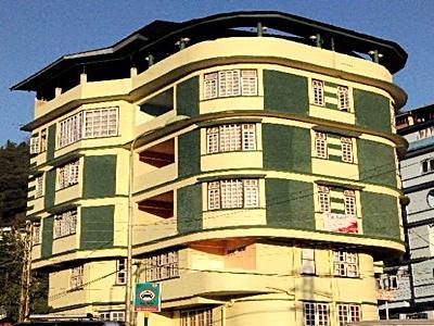 The Leo Hotel & Multi-Cuisine Restaurant - Gangtok