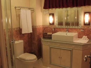 Cerulean View Hotel Male City and Airport - Presidential Suite - Bathroom