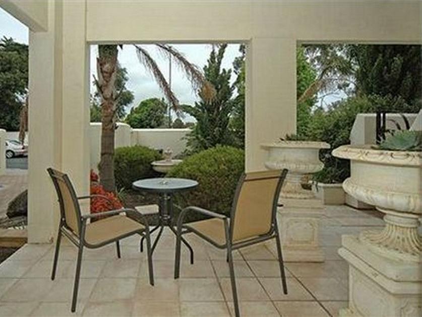 Michelle s Garden Apartments - Hotell och Boende i Australien , Adelaide