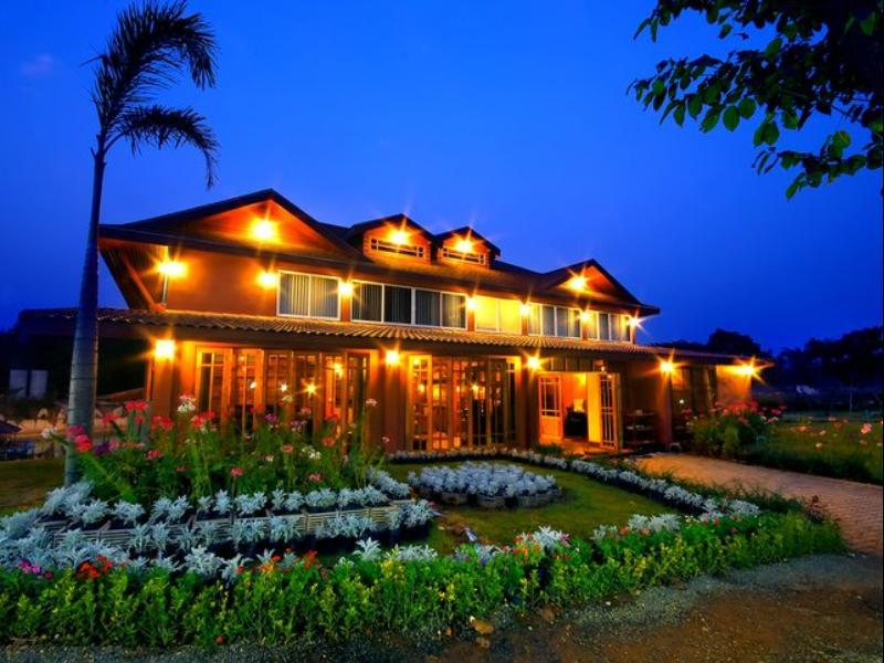 โรงแรม เขาใหญ่ ธนาลากูน