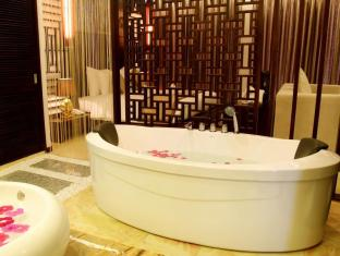 Villa Del Sol Beach Villas & Spa Phan Thiet - Bathroom