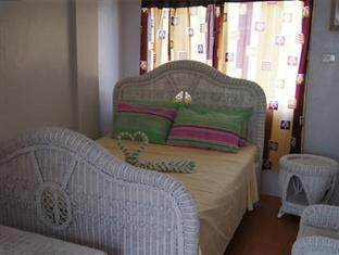 GMG Hotel Coron - Deluxe Room