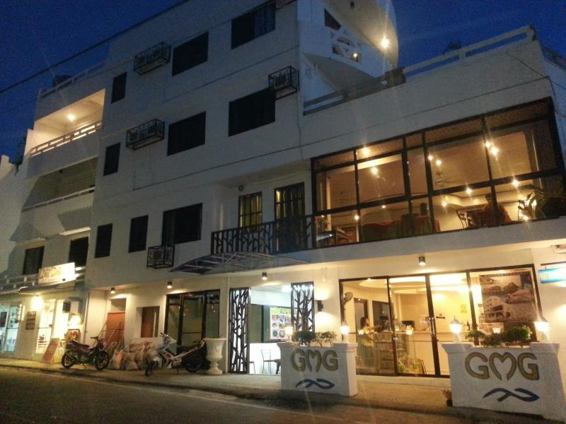 GMG Hotel - Hotels and Accommodation in Philippines, Asia