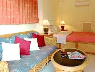 Patong Beach Front Suites Πουκέτ - Εσωτερικός χώρος ξενοδοχείου