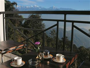 Bhangeri Durbar Resort Nagarkot - Food, drink and entertainment
