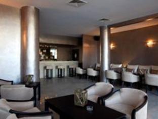 Red Hotel Marakeš - bar/salon