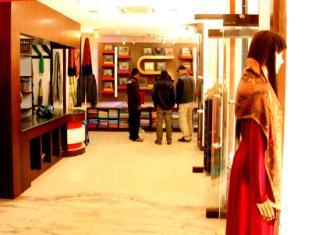 Cosy Hotel Bhaktapur - Shop