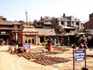 Cosy Hotel Bhaktapur - Surroundings