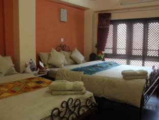 Cosy Hotel Bhaktapur - Guest Room