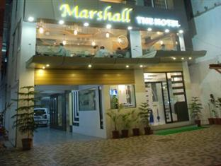 Hotel Marshall - Hotel and accommodation in India in Ahmedabad