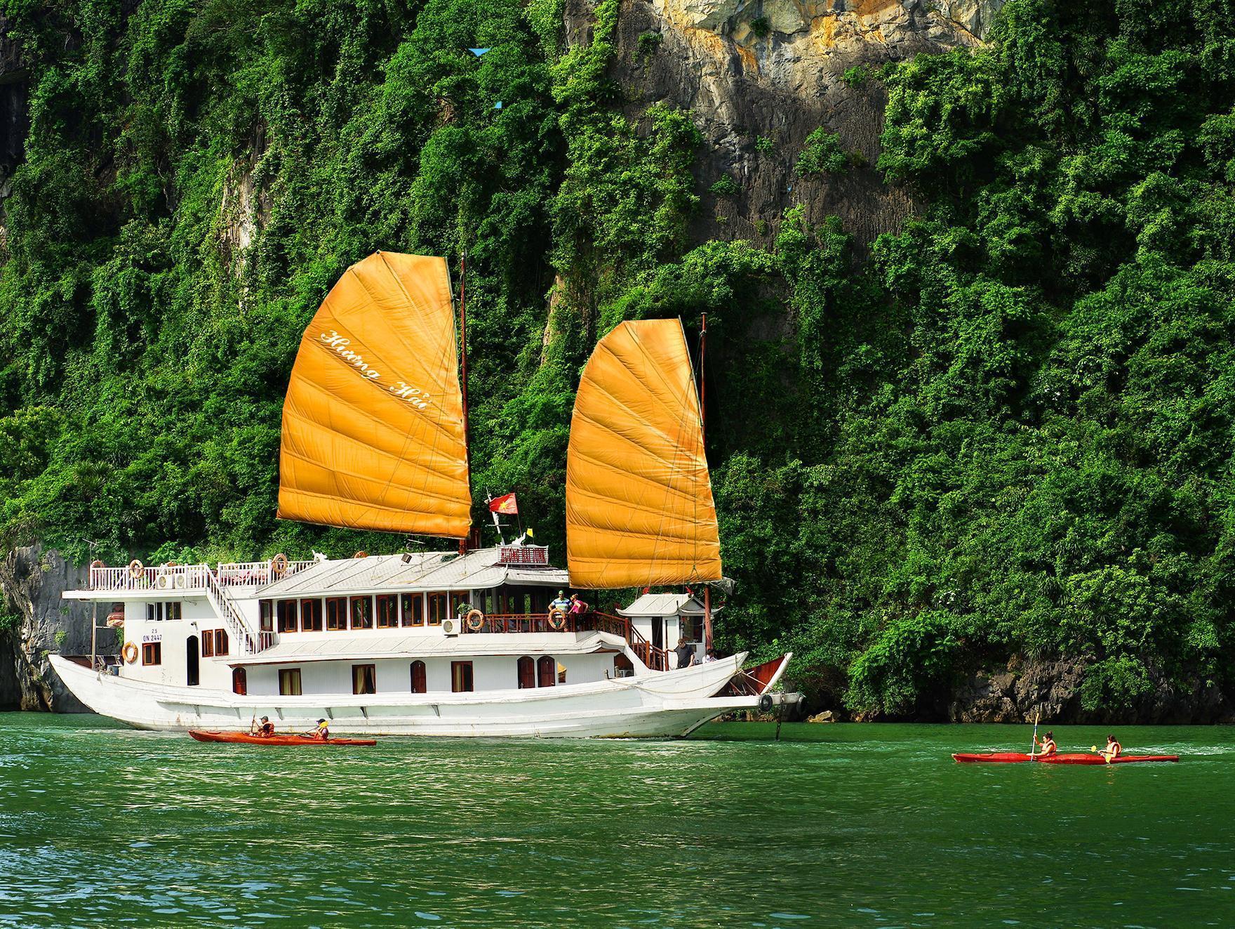 Huong Hai Junks Halong - Hotell och Boende i Vietnam , Halong