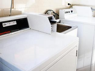 Bilinga Beachfront Motel Gold Coast - Coin operated laundry machine