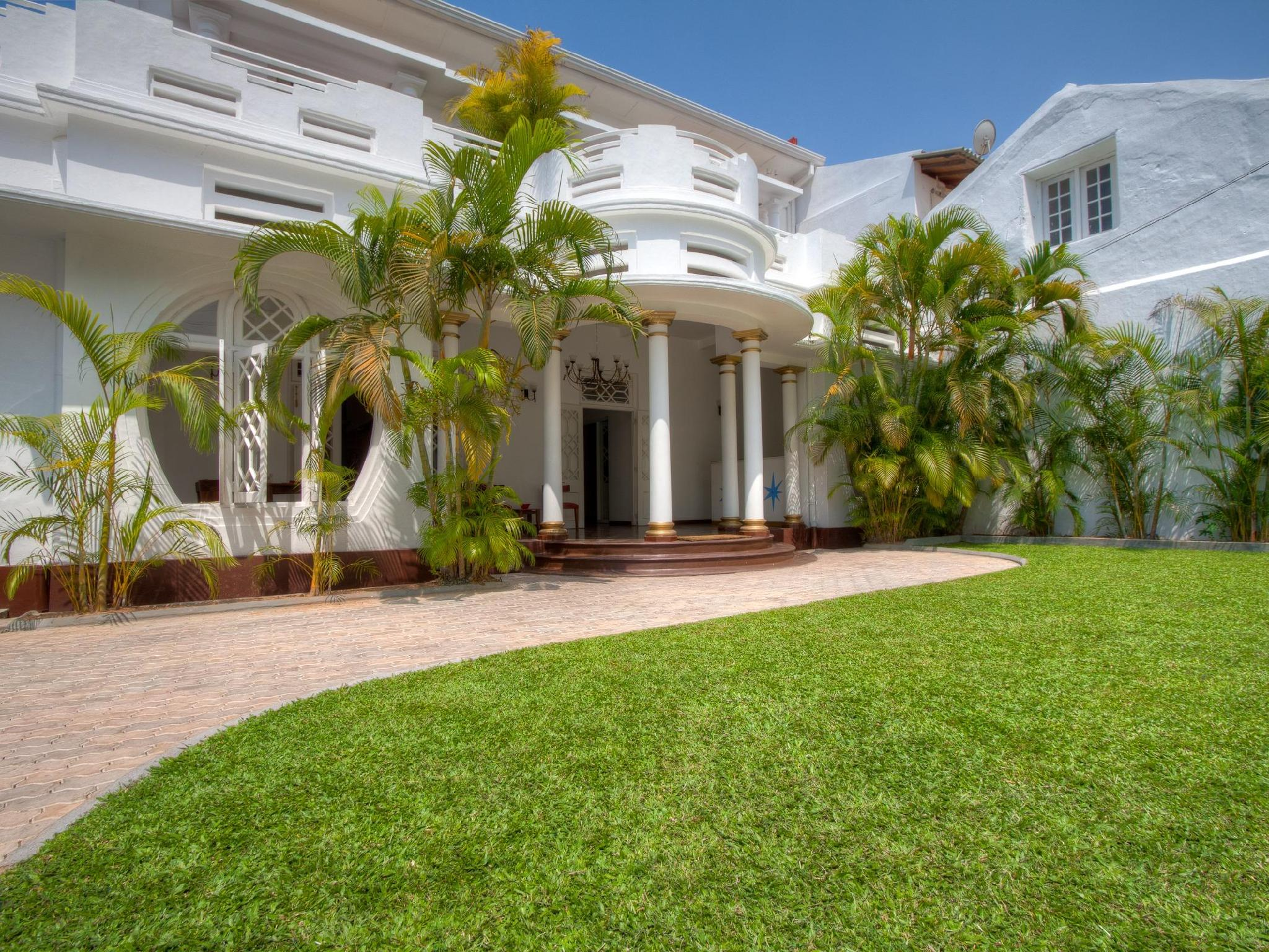 Deco on 44 - Hotels and Accommodation in Sri Lanka, Asia