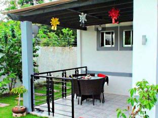 Panglao Bed and Breakfast بوهول - بلكون/شرفة