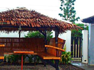 Panglao Bed and Breakfast Bohol - Jardín