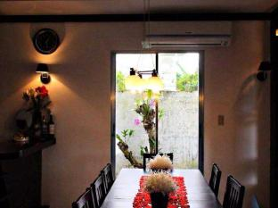Panglao Bed and Breakfast Bohol - Interior del hotel