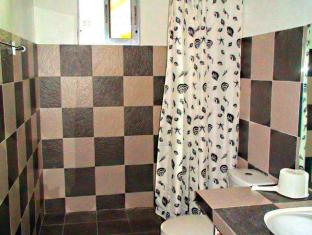 Panglao Bed and Breakfast Bohol - Banyo