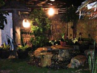 Panglao Bed and Breakfast بوهول - حديقة