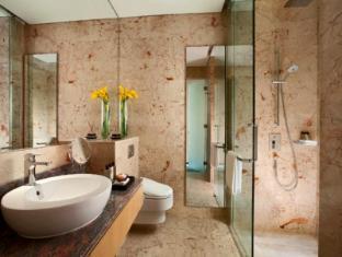 Resorts World Sentosa - Beach Villas Singapore - Ocean Suite - Bathroom