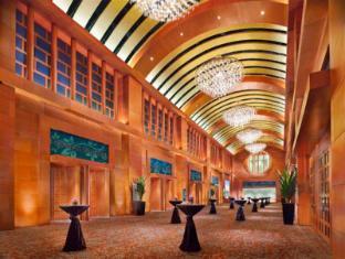 Resorts World Sentosa - Beach Villas Singapore - Meeting Room - Compass Ballroom Lobby