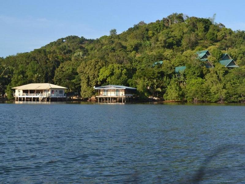 Jendi Seafront Resort Coron