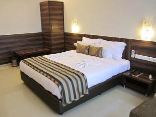 The Plazaa Inn North Goa - Executive Suite