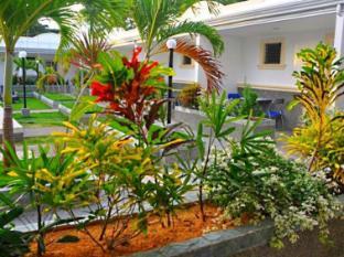 Villa Del Pueblo Inn Бохол - Градина