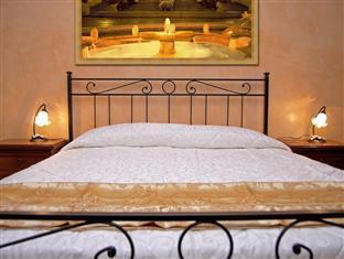 B&B Maestoso Rome - Piazza di Spagna Room