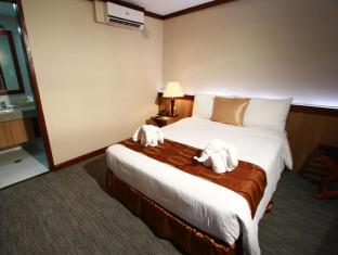 Dohera Hotel Mandaue City - Gästrum