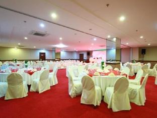 Dohera Hotel סבו - חדר ישיבות