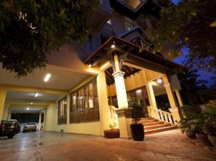 Grand Residence Phnom Penh - Hotel Exterior