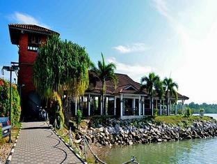 Villa Pulau Besar - 1star located at Malacca City Center