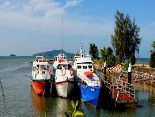 Villa Pulau Besar Malacca / Melaka - Ferry Boats to Pulau Besar Island