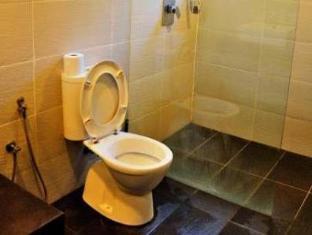 Villa Pulau Besar Malacca / Melaka - Bathroom