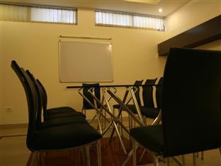 Hotel Sunstar New Delhi and NCR - Conference Room
