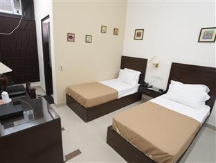 Hotel Sunstar New Delhi and NCR - Guest Room