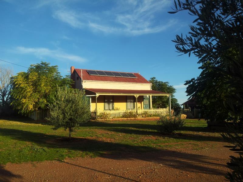 Gum Paddock Country Cottage - Hotell och Boende i Australien , Broken Hill