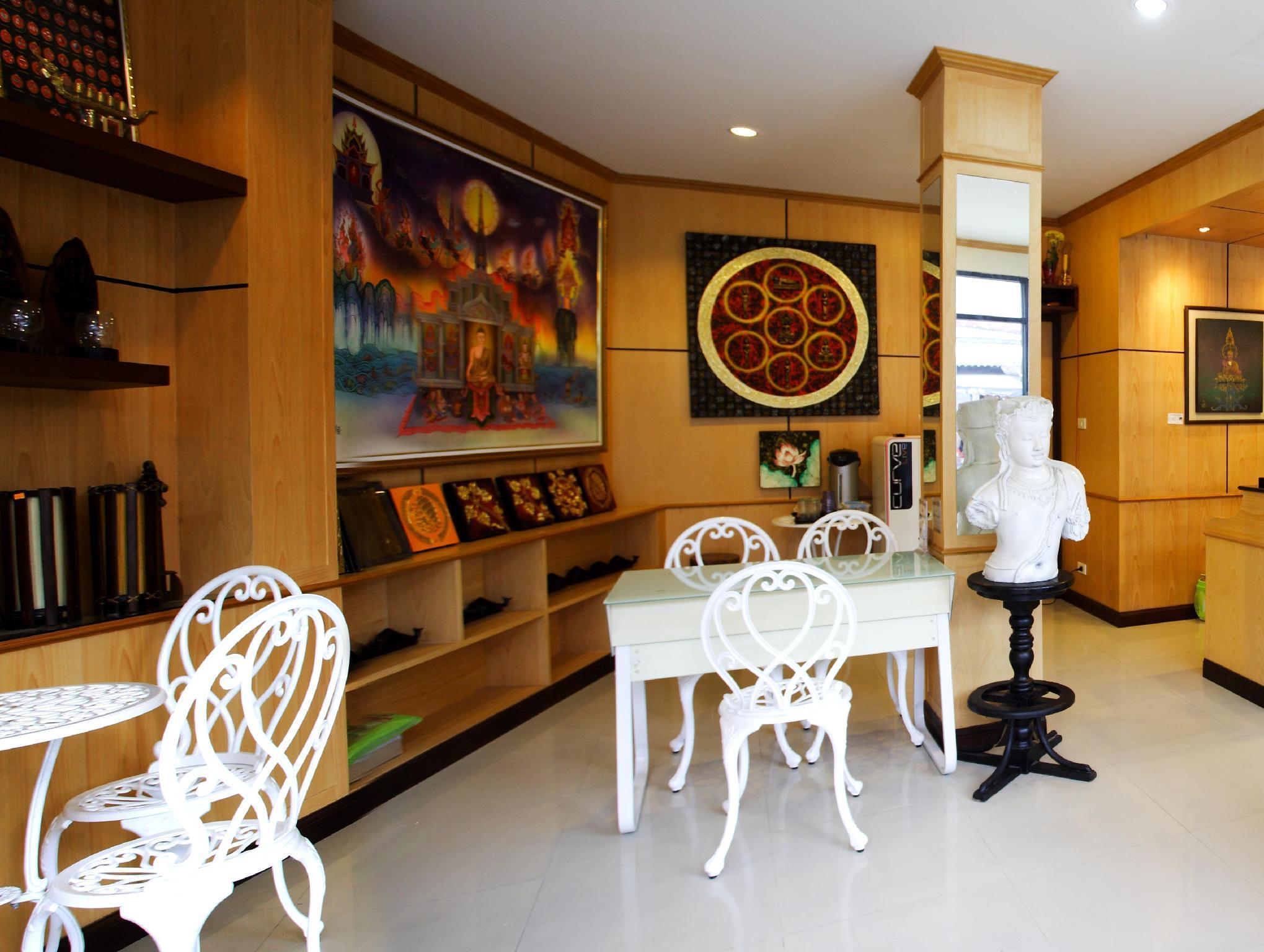 Hotell Hi-QC Place i Patong, Phuket. Klicka för att läsa mer och skicka bokningsförfrågan