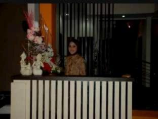 Farila Guest House سورابايا - ردهة